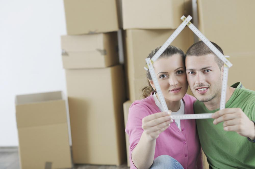 young-couple-moving-in-new-home